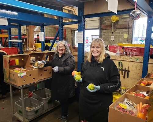 Volunteers at Loaves and Fishes